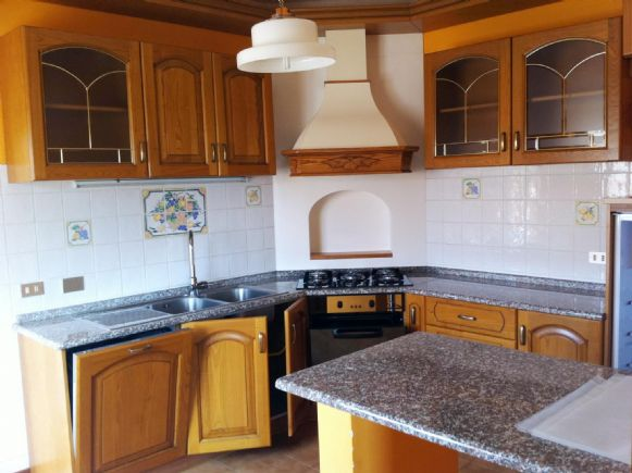 Appartamento in affitto a Viterbo, 4 locali, zona centro, prezzo € 500 | PortaleAgenzieImmobiliari.it