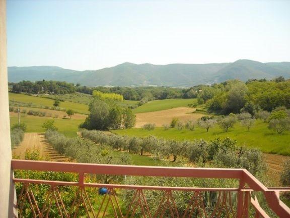 Trilocale, Casteltodino, Montecastrilli, ristrutturato