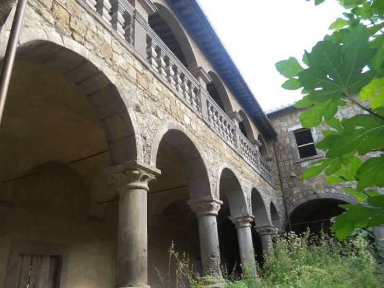 Palazzo, Tuscania, da ristrutturare
