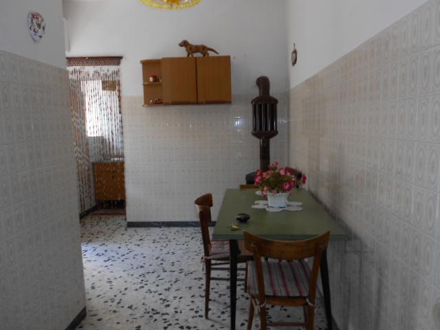 Appartamento indipendente, Arlena Di Castro, ristrutturato