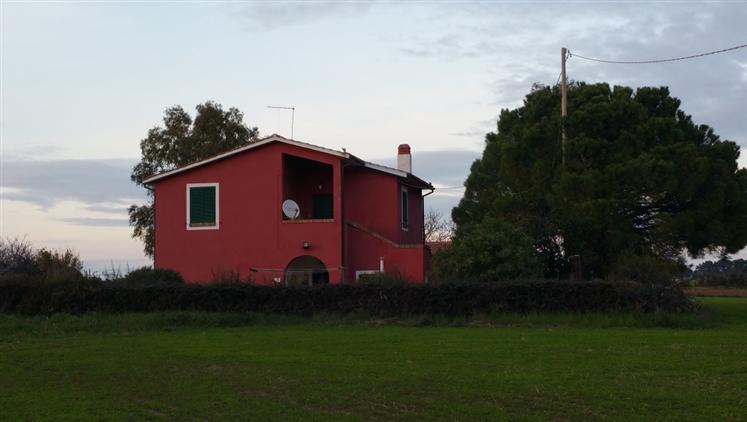 Rustico casale in Strada Litoranea 102, Pineta Spinicci, Tarquinia