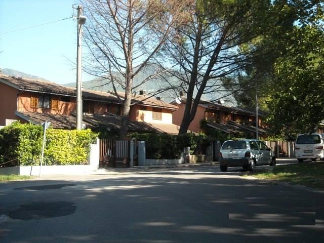 Villa a schiera, Rivo, Terni, abitabile