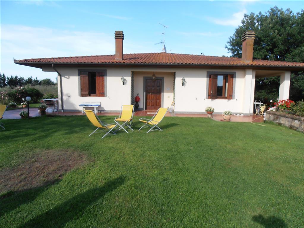 Villa, Cinelli, Vetralla, in ottime condizioni