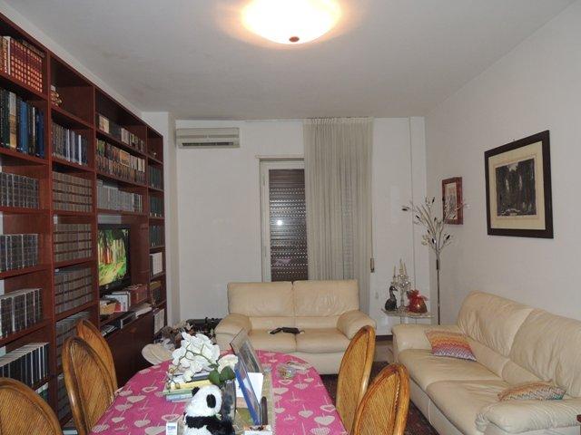 Monolocale, Semicentro, Terni, ristrutturato