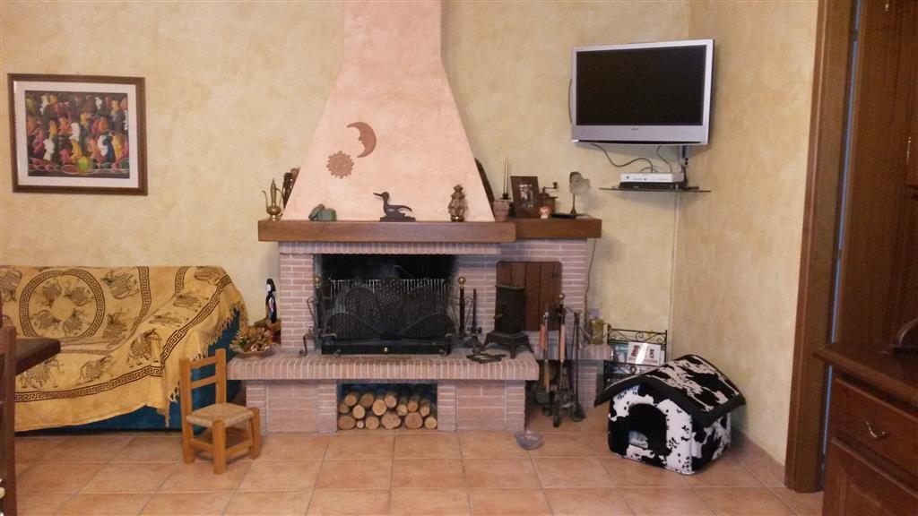 Appartamento indipendente, Semiperiferia Periferia, Terni, in ottime condizioni