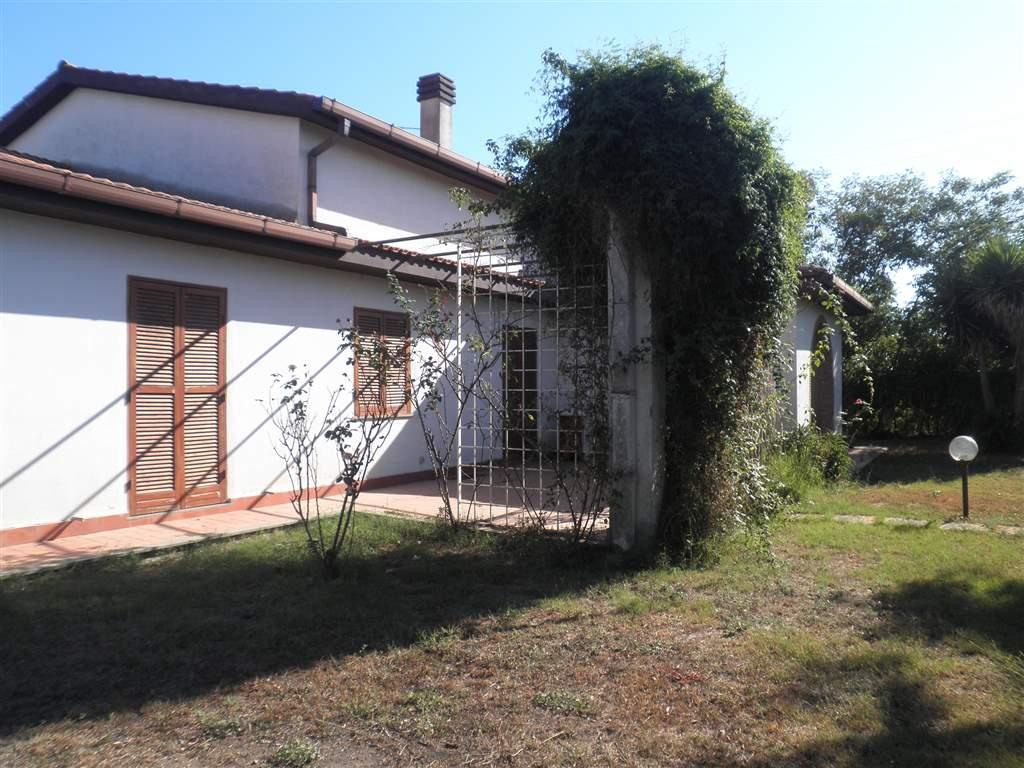 Case in vendita a Montalto di Castro (VT)