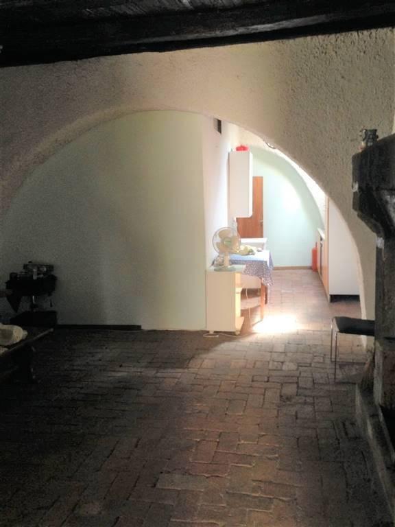 Palazzo, Barbarano Romano, in ottime condizioni