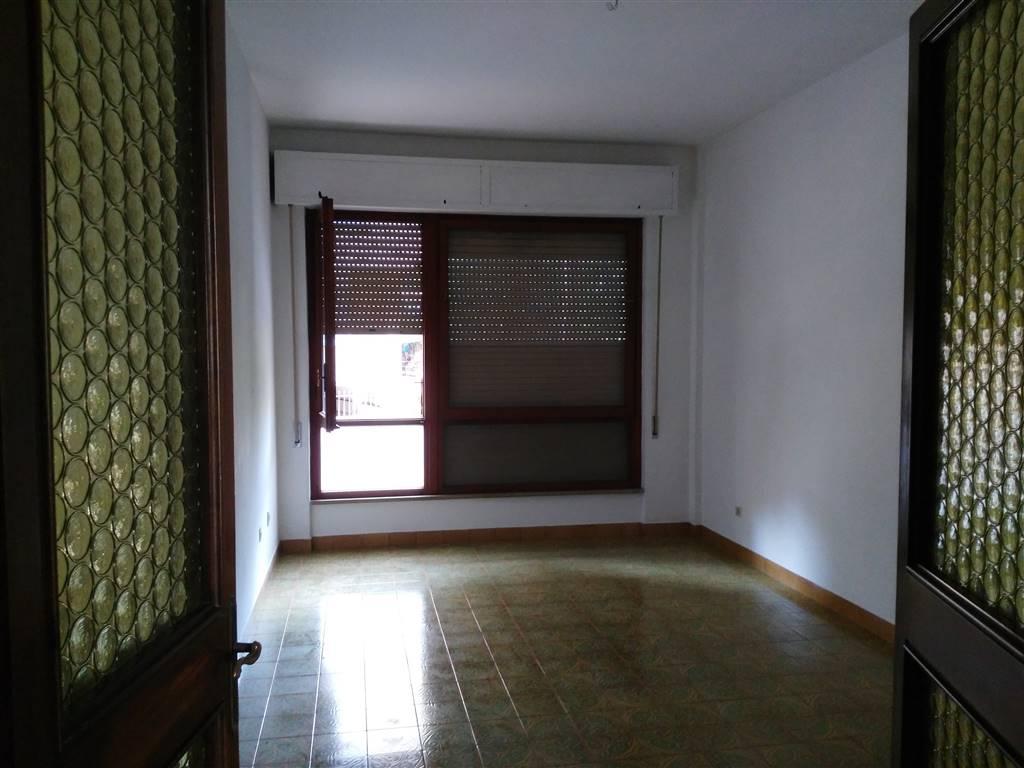 via giovannini appartamento mq 130 no mobiliato