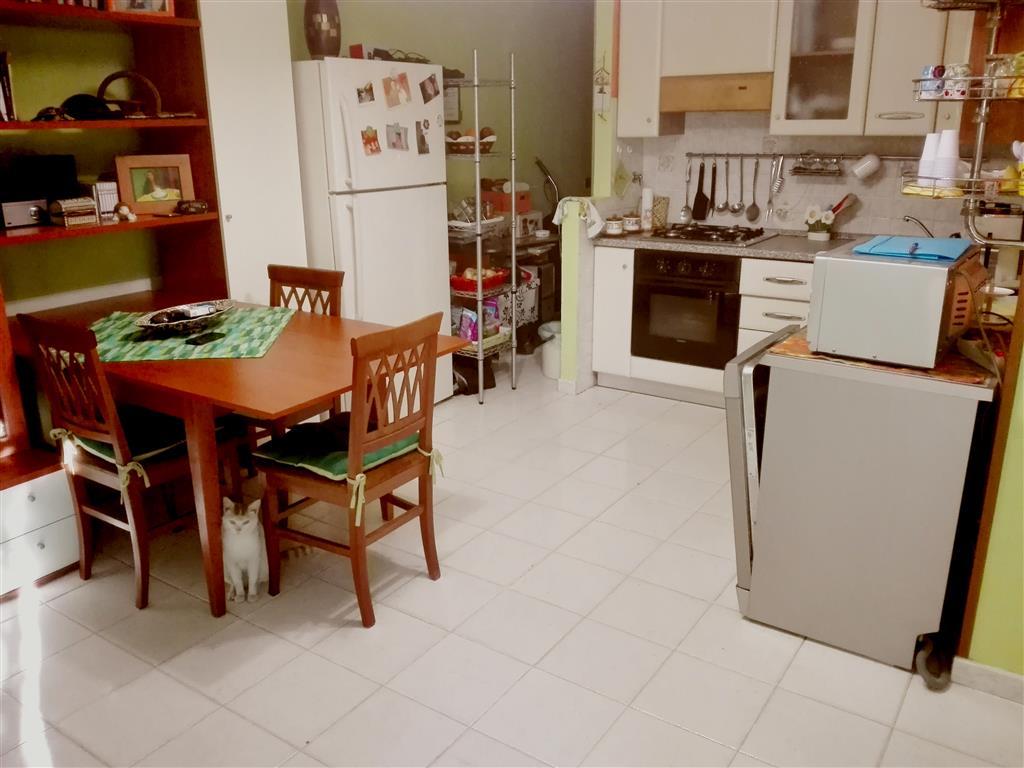 Appartamento indipendente, Civitavecchia, in ottime condizioni