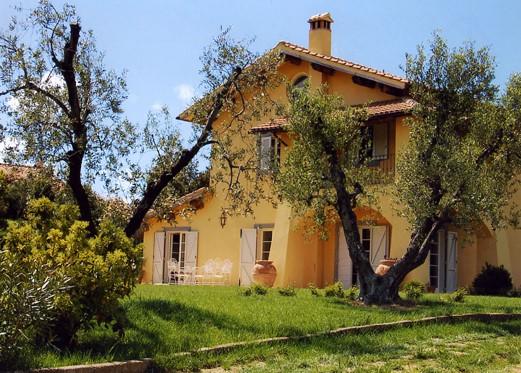 Villa, Pescia Romana, Montalto Di Castro, in ottime condizioni