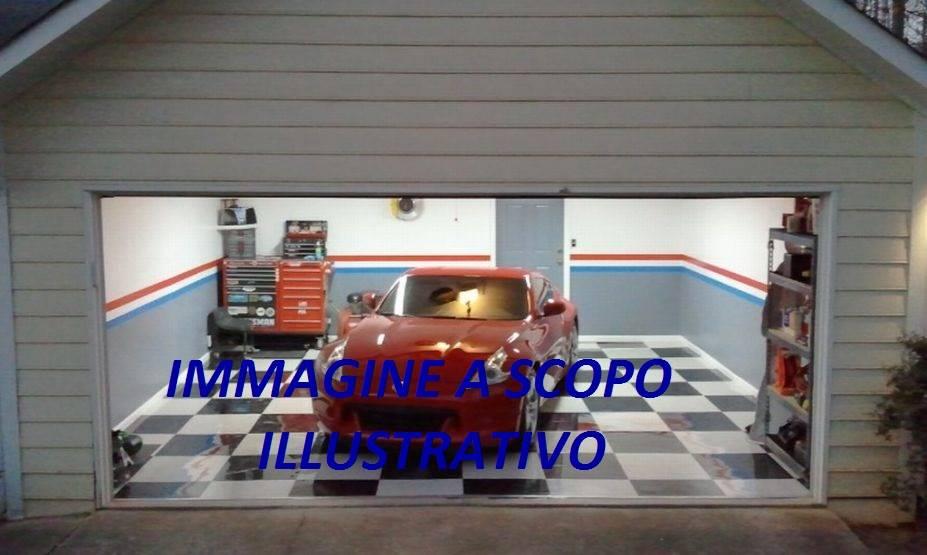 Vendita garage posto auto semicentro terni piano for Come costruire un piano mezzanino in un garage