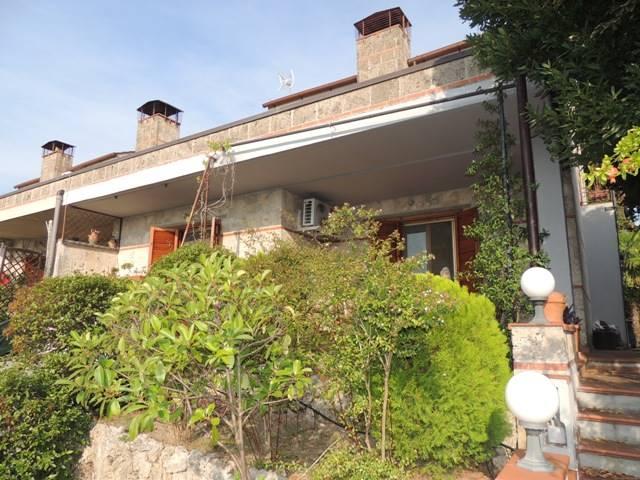 Villa a schiera, San Gemini