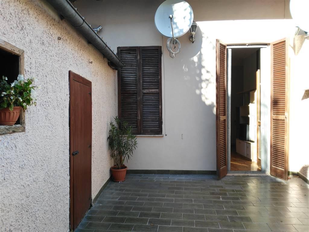 Trilocale in Via Delle Conce, Semicentro, Terni