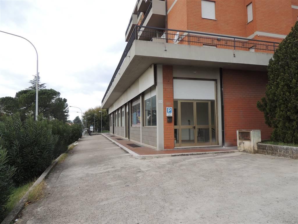 Negozio in Via Gabelletta, Semiperiferia Periferia, Terni
