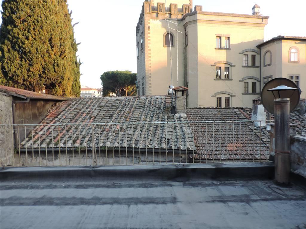 Quadrilocale, Centro, Viterbo, da ristrutturare