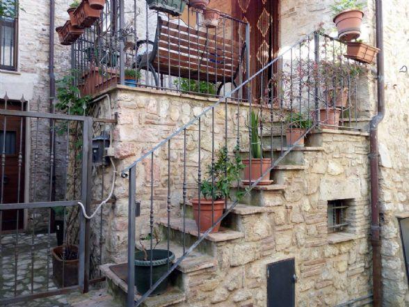 Casa singola, Le Mura, Ferentillo, ristrutturata