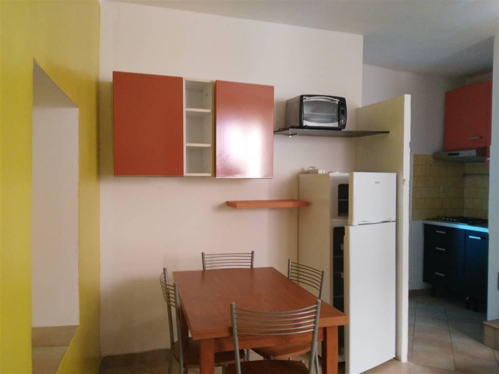 Bilocale in Via Fabrizi  18, Centro, Terni
