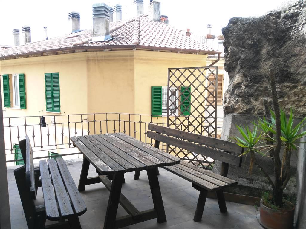Appartamento in Vico Possenti, Semicentro, Terni