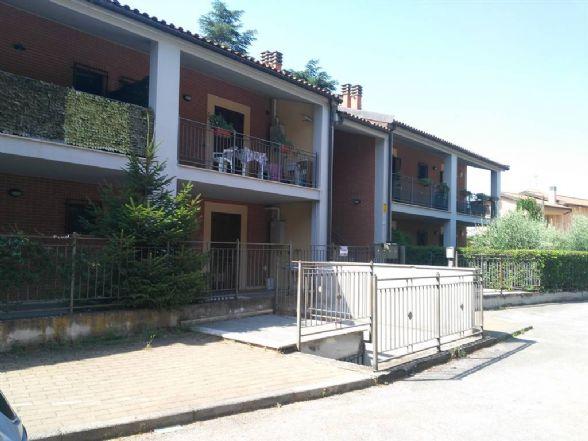 Trilocale in Via Del Tordo 11, Semiperiferia Periferia, Terni