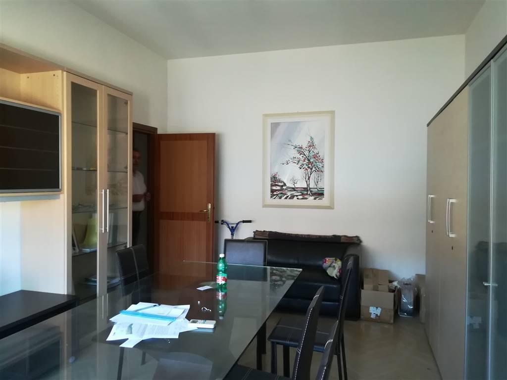 Ufficio in Via Castello 27, Semicentro, Terni