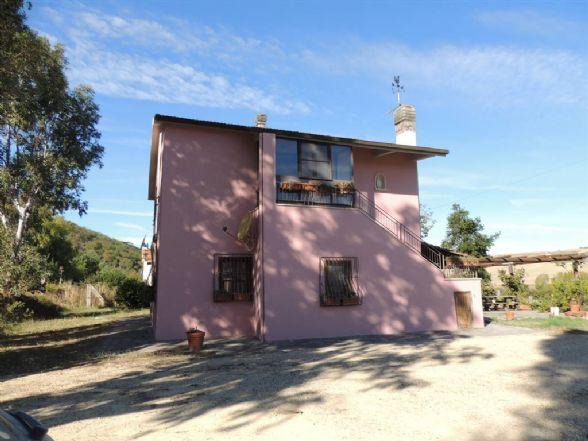 Azienda agricola in Località Farnesiana, Tarquinia