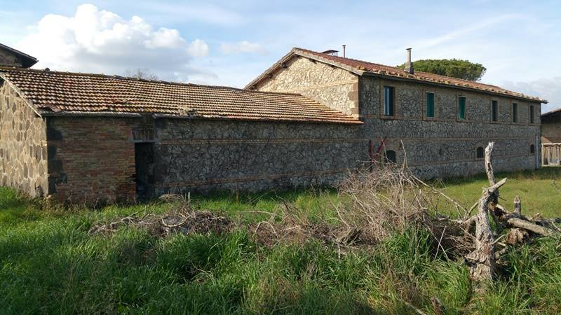 casale  tuscania vende