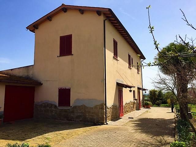 Rustico casale, Tuscania, in ottime condizioni