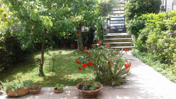 Villa a schiera, Valenza, Terni, in ottime condizioni