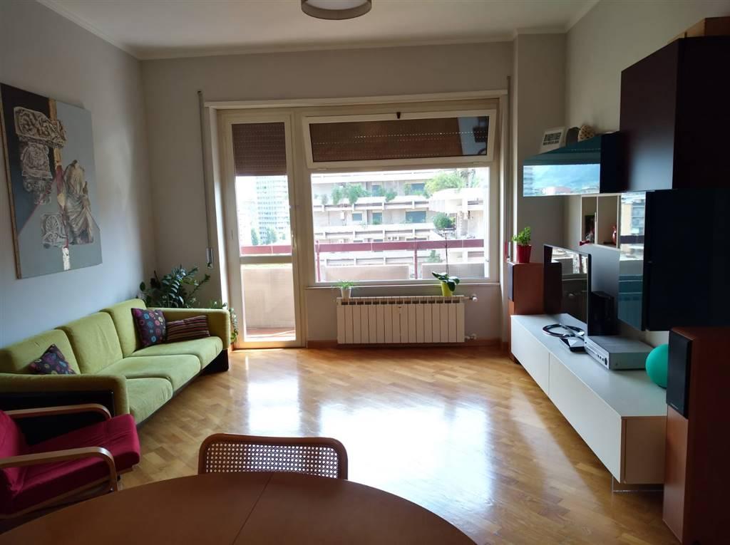 Appartamento in Via Turati  29, Semicentro, Terni