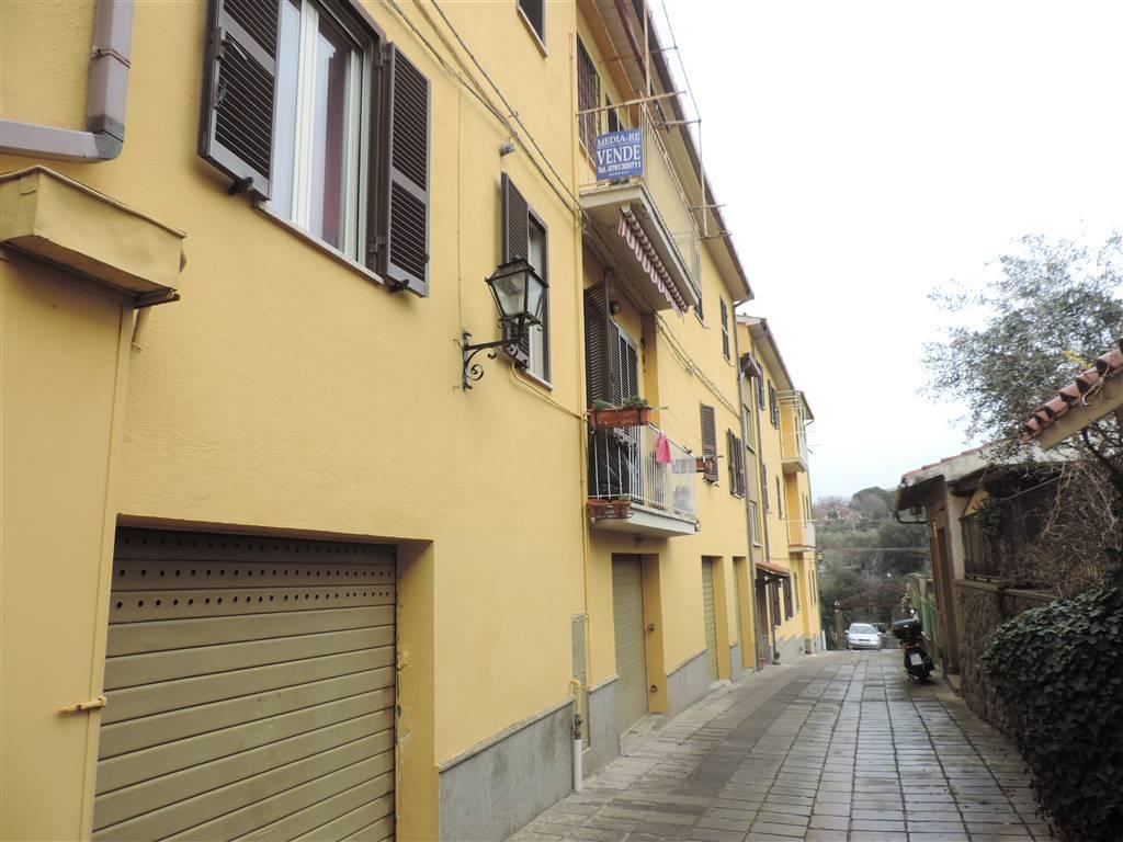 Quadrilocale, Bagnaia, Viterbo, da ristrutturare