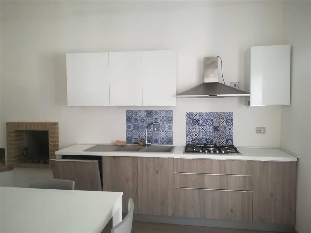 Appartamento in Via Mazzini, Semicentro, Terni