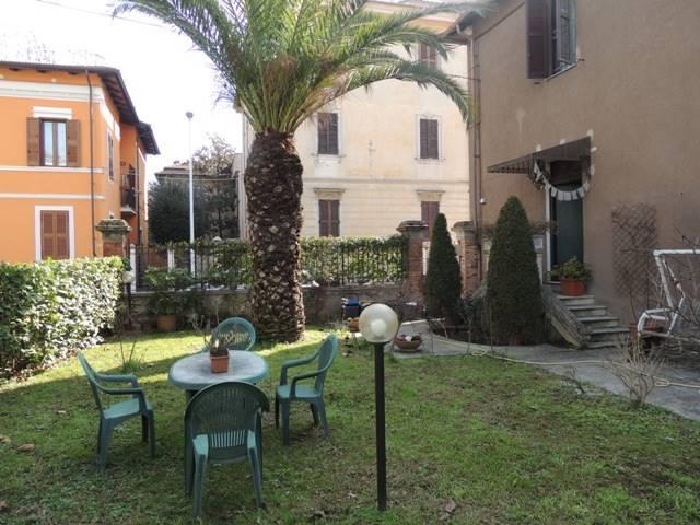 Casa singola in Via Altipiani, Semicentro, Terni