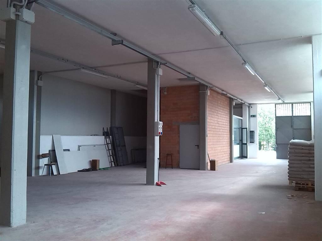 Capannone industriale in Vocabolo Zona Industriale, Montecastrilli
