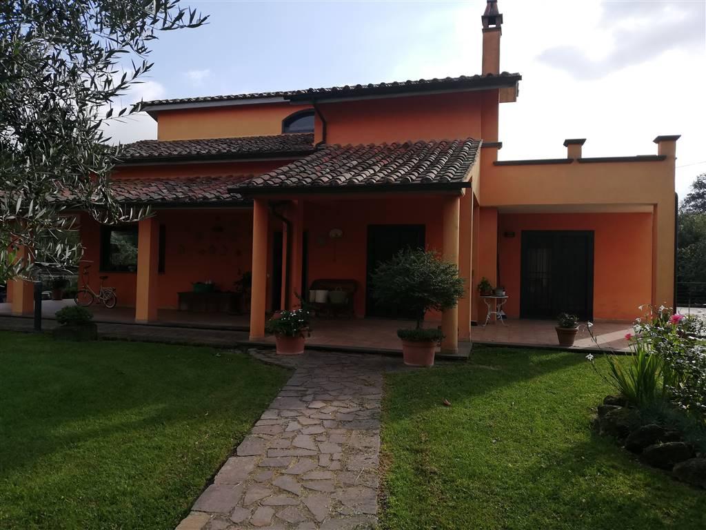 Villa, Cura, Vetralla