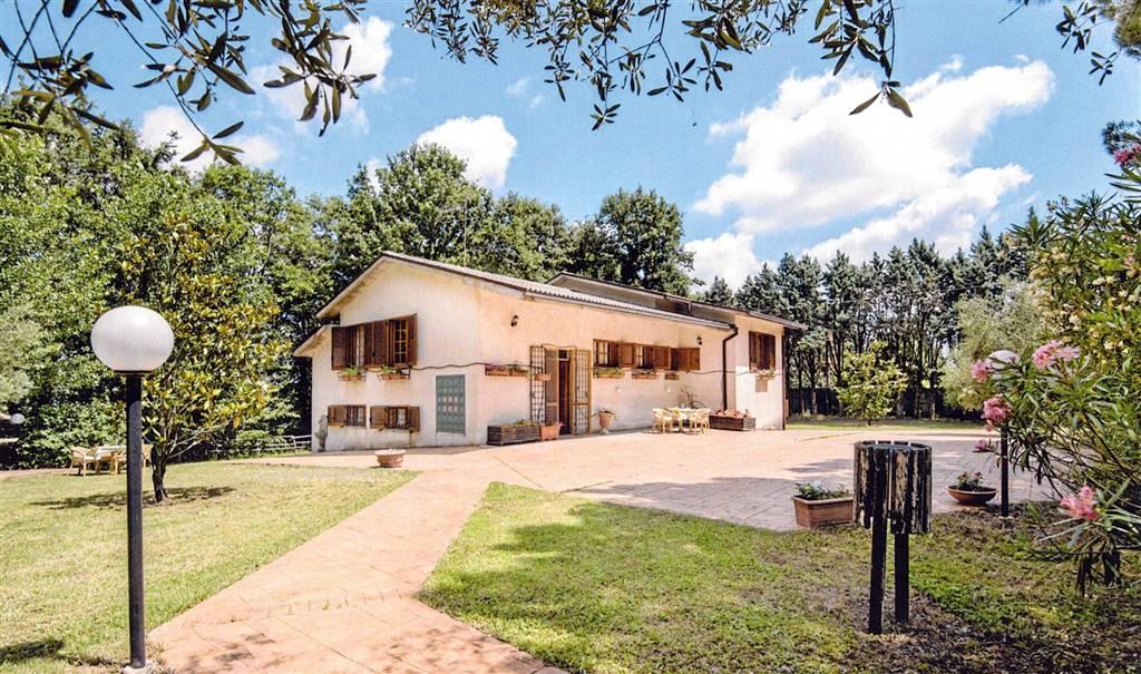 Villa, Casteltodino, Montecastrilli, abitabile