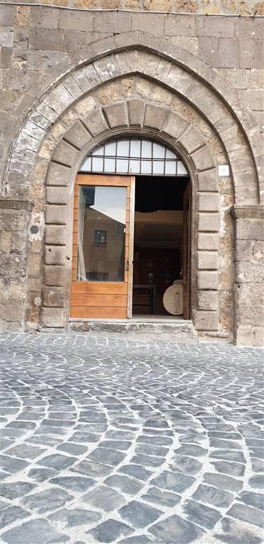 locale medievale tuscania vende