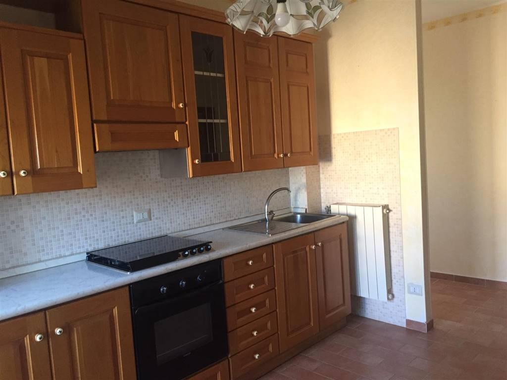 Appartamento in vendita a Tuscania, 6 locali, prezzo € 79.000 | PortaleAgenzieImmobiliari.it