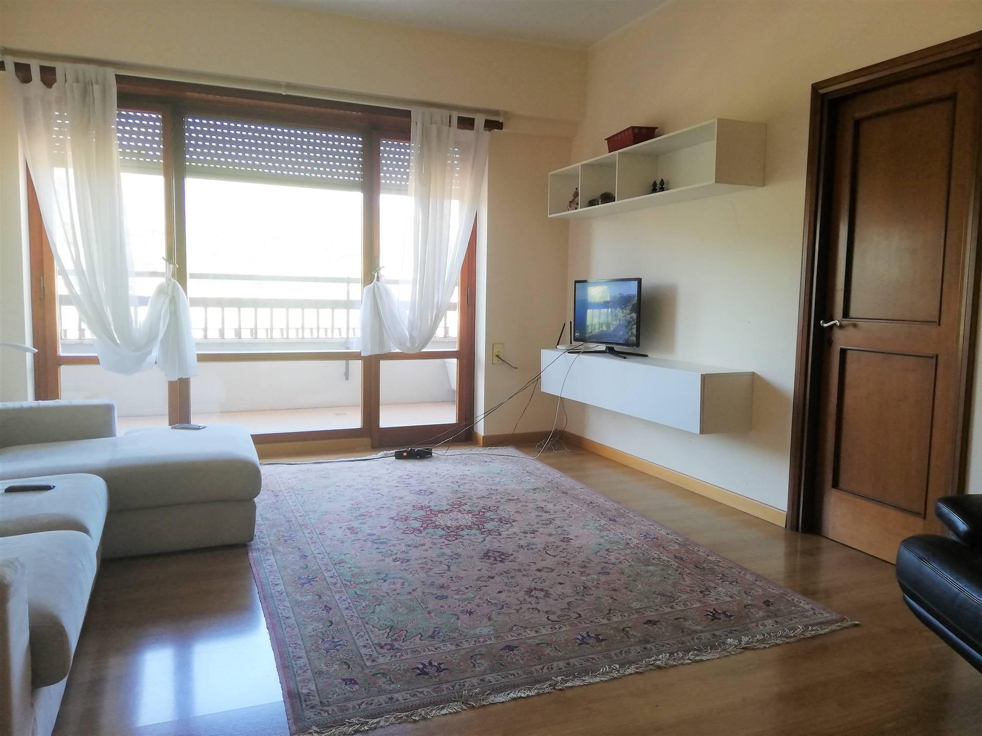Appartamento in vendita a Terni, 5 locali, zona ro, prezzo € 165.000 | PortaleAgenzieImmobiliari.it