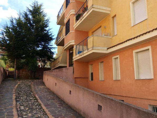 Trilocale in Via Tintoretto, Semicentro, Nuoro