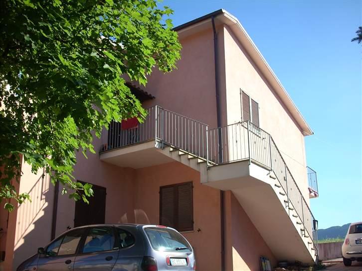 Appartamento indipendente in Via Monterosso Stazione, Sassoferrato