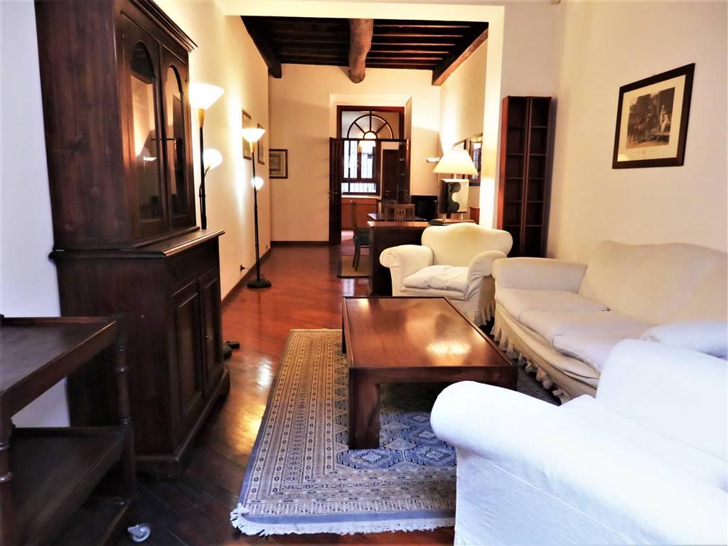 Appartamento in Via Del Piè Di Marmo 6, Centro Storico, Roma