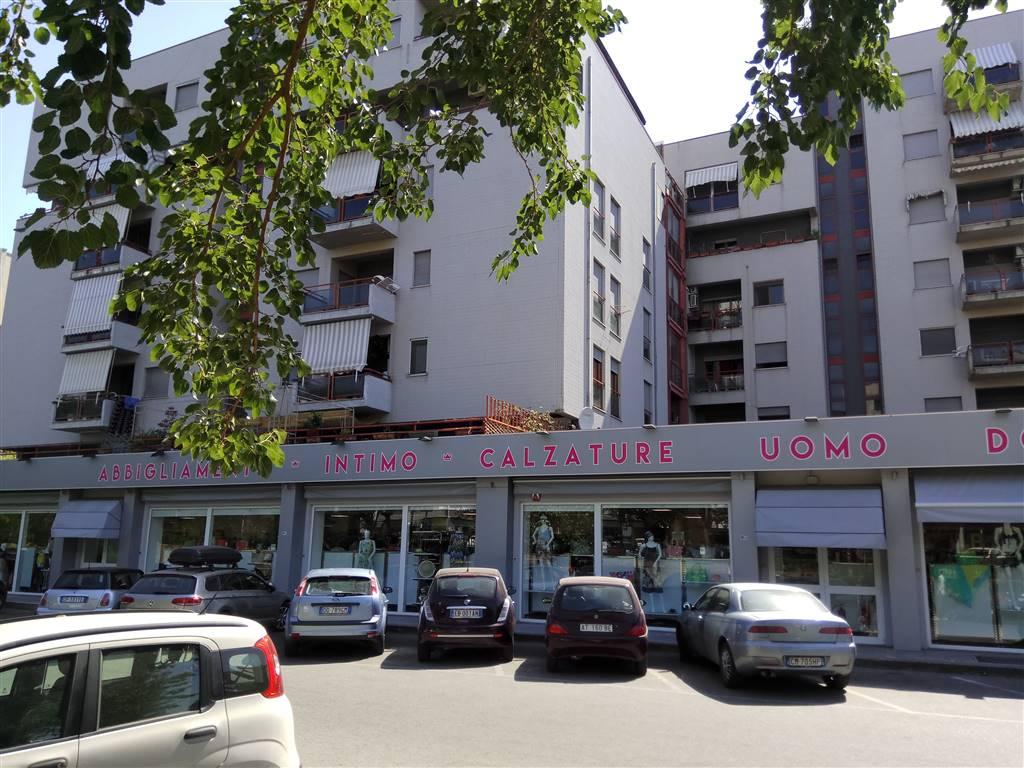 Altro in affitto a Rende, 6 locali, zona Località: COMMENDA, prezzo € 180 | CambioCasa.it