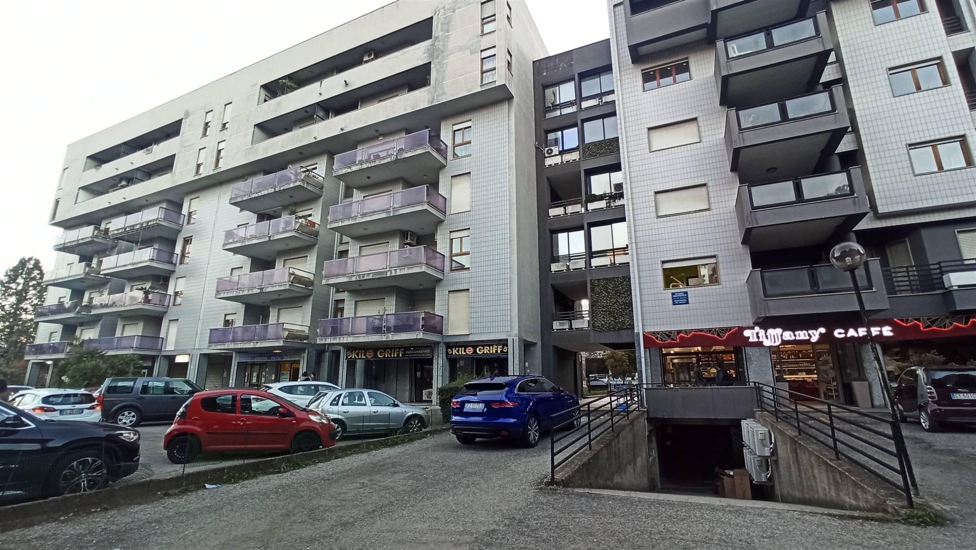 Appartamento in affitto a Rende, 5 locali, zona Zona: Quattromiglia, prezzo € 600 | CambioCasa.it