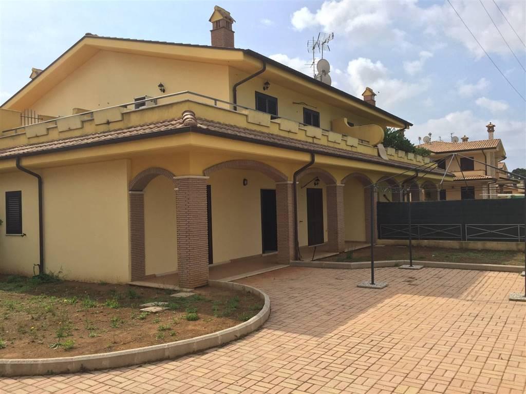 case e appartamenti in vendita a sabaudia