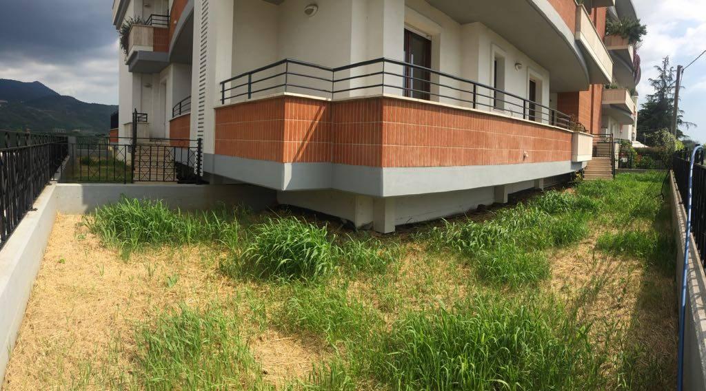 Appartamento in vendita a Sermoneta, 4 locali, prezzo € 150.000 | CambioCasa.it