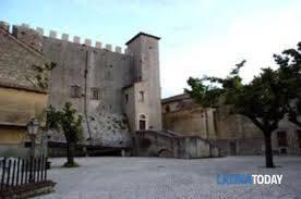 Appartamento in vendita a Maenza, 4 locali, prezzo € 22.000 | CambioCasa.it