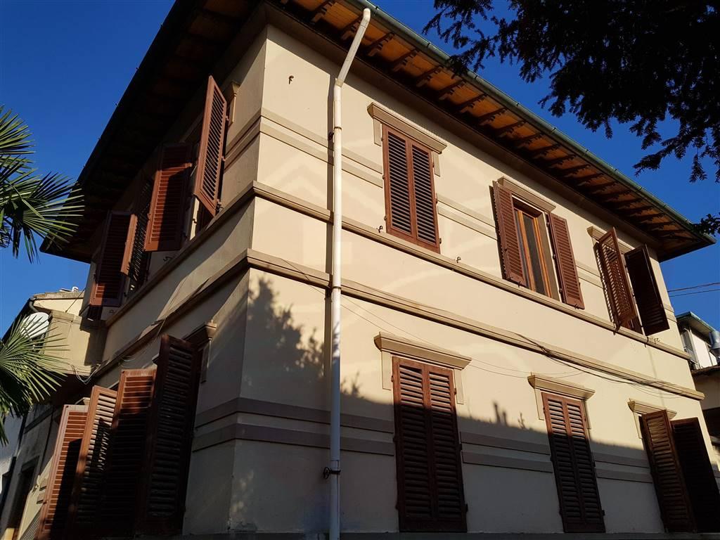 Villa, Signa, da ristrutturare