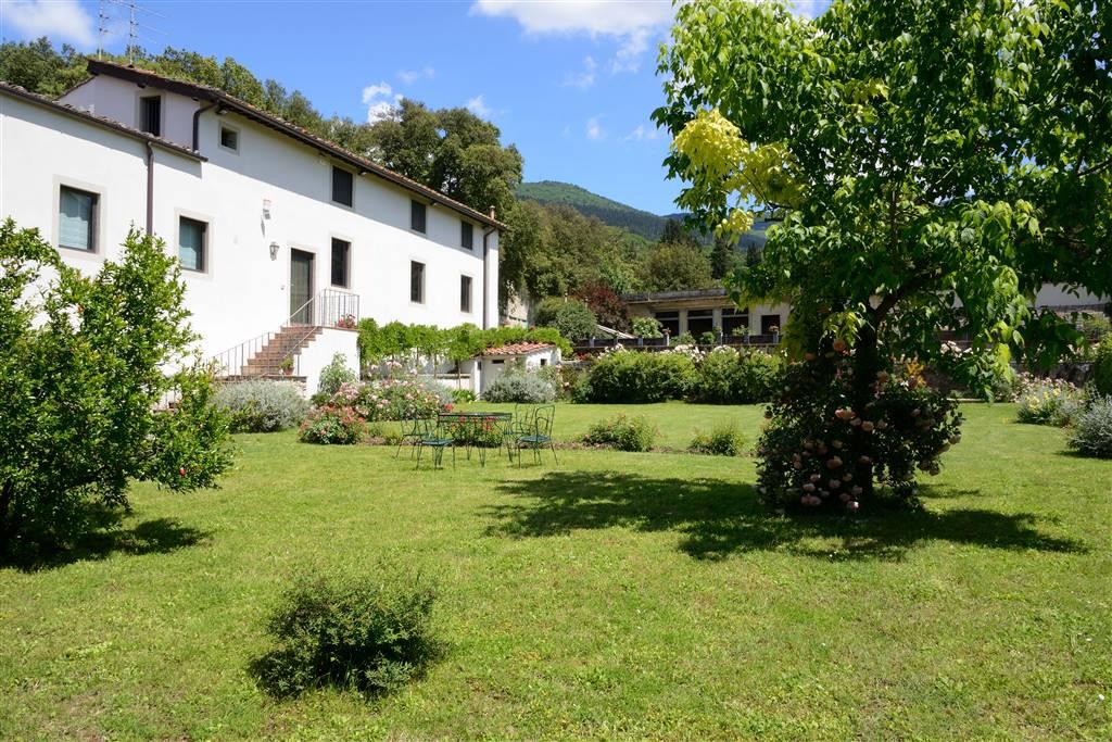 Villa, Sesto Fiorentino, ristrutturata