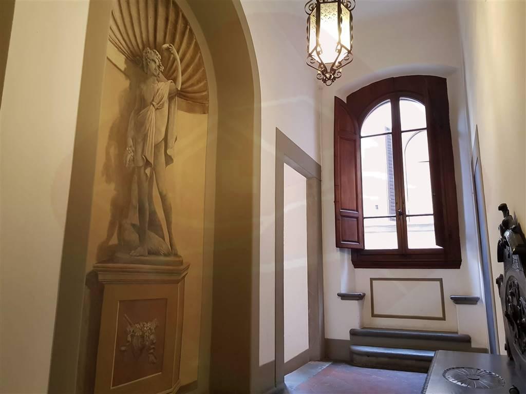 Quadrilocale, Centro Oltrarno, Santo Spirito, San Frediano, Firenze, da ristrutturare