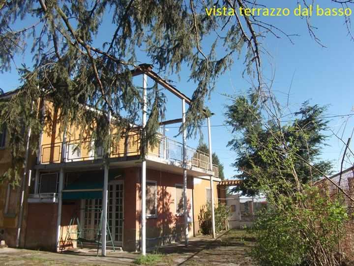 Casa semi indipendente, Goido, Mede, da ristrutturare